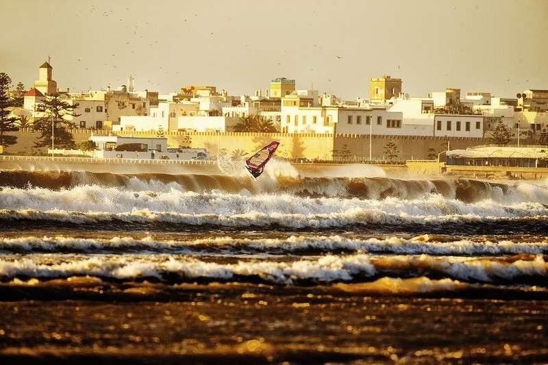 Interview-avec-boujmaa-guilloul-champion-international-de-windsurf-
