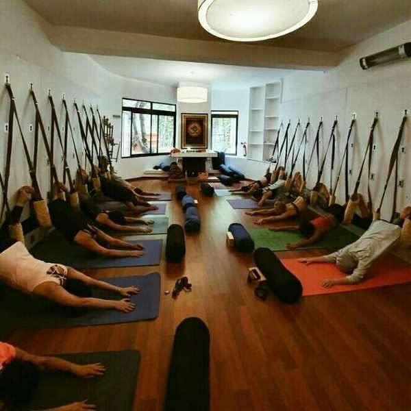 Om-yoga-studio-Casablanca