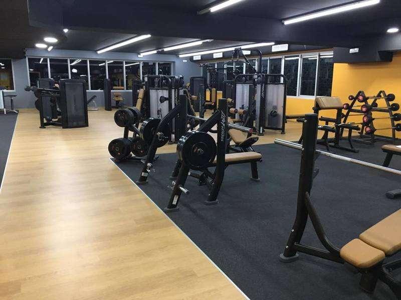 gold s gym premium rabat club de sport. Black Bedroom Furniture Sets. Home Design Ideas